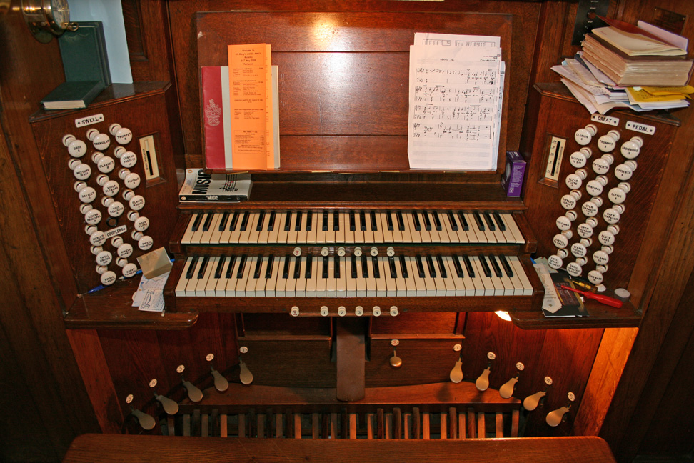 Free Music Backing Files for Churches - Piano, Band, Pipe
